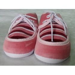 Zapato primera puesta rosa oscuro